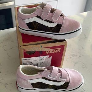 Custom Toddler Vans x LV